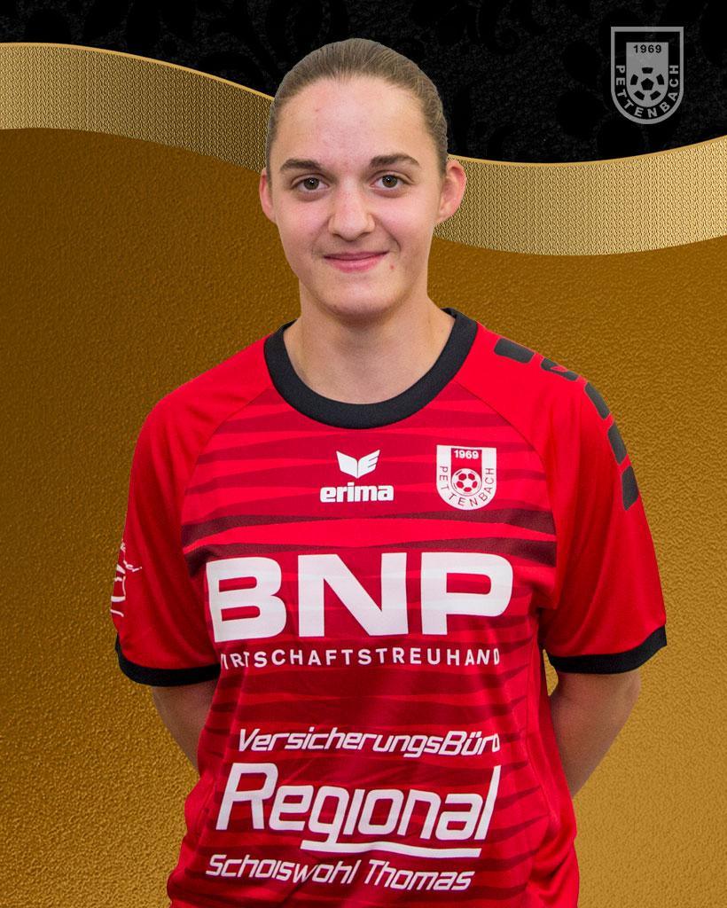 Annika Dopona